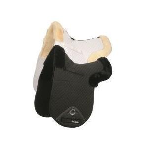 http://horseandrider.co.uk/1082-2338-thickbox/lemieux-lambskin-dressage-half-lined-numnah-d-ring.jpg