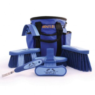 http://horseandrider.co.uk/329-445-thickbox/bentley-slip-knot-grooming-bag.jpg