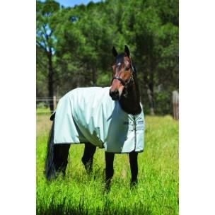 http://horseandrider.co.uk/898-1307-thickbox/horseware-amigo-hero-6-50g-turnout-lite-rug-aara31s15.jpg